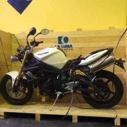 la-luna-shipping-transporte-de-motos-motocicletas-internacional-aduanas-embalaje-caja-de-madera-UHT-fitosanitario-aduana